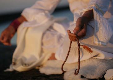 Индийские мантры Кундалини йоги на все случаи жизни