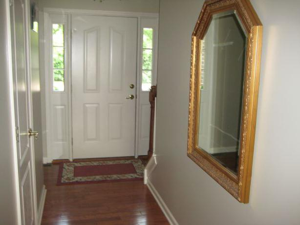 Фен шуй зеркало напротив двери